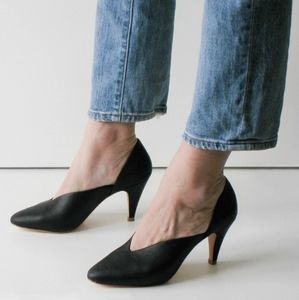 Charlotte Stone genuine leather black pumps